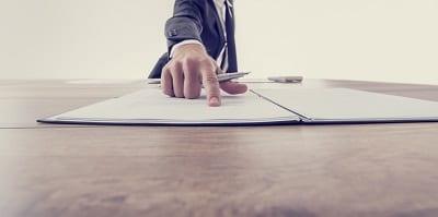 business man employment law AdobeStock 91570796 1
